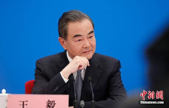 王毅谈抗疫对外援助: 中国不是救世主但愿做及时雨