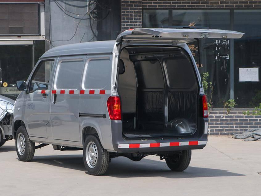 五菱广智的两辆新车,一辆不到4万元的面包车,上市了