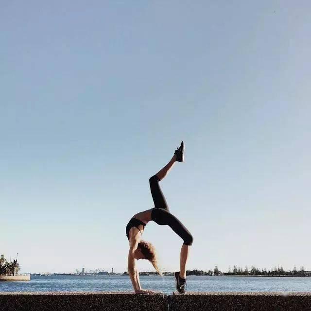 收腹瘦腰其实很简单,每天练瑜伽5分钟! 减肥窍门 第3张
