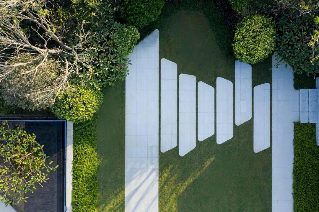 20世紀景觀設 花境設計_景觀設計原則_城市廣場景觀規劃設計有哪些原則