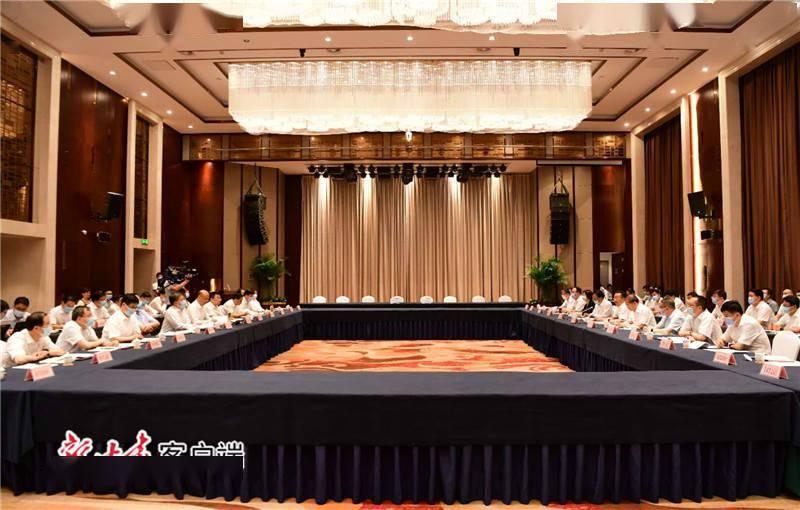 甘肃和陕西签署经济和社会发展互助框架