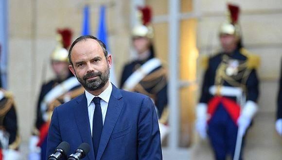 外媒:法国总理辞职 接替人选尚不清楚