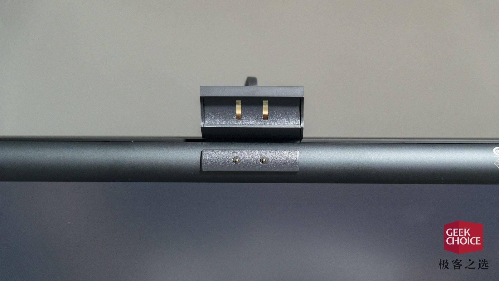 米家显示器挂灯体验:众筹价 169 元,有了台灯我还需要它吗?