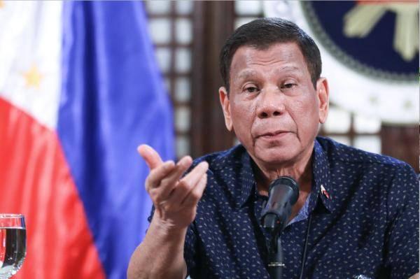 """杜特尔特:完全重启菲律宾经济""""太疯狂"""" 会有新麻烦"""