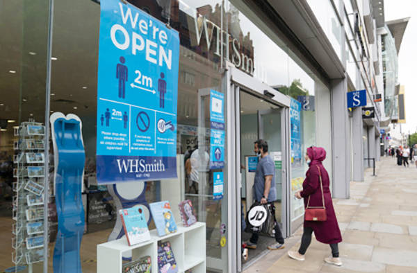 英国|英国宣布将在英格兰实施商店内强制佩戴口罩措施,违者罚款