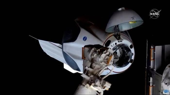 [视频]spacex的龙二飞船迎来最终考试:将宇航员成功送