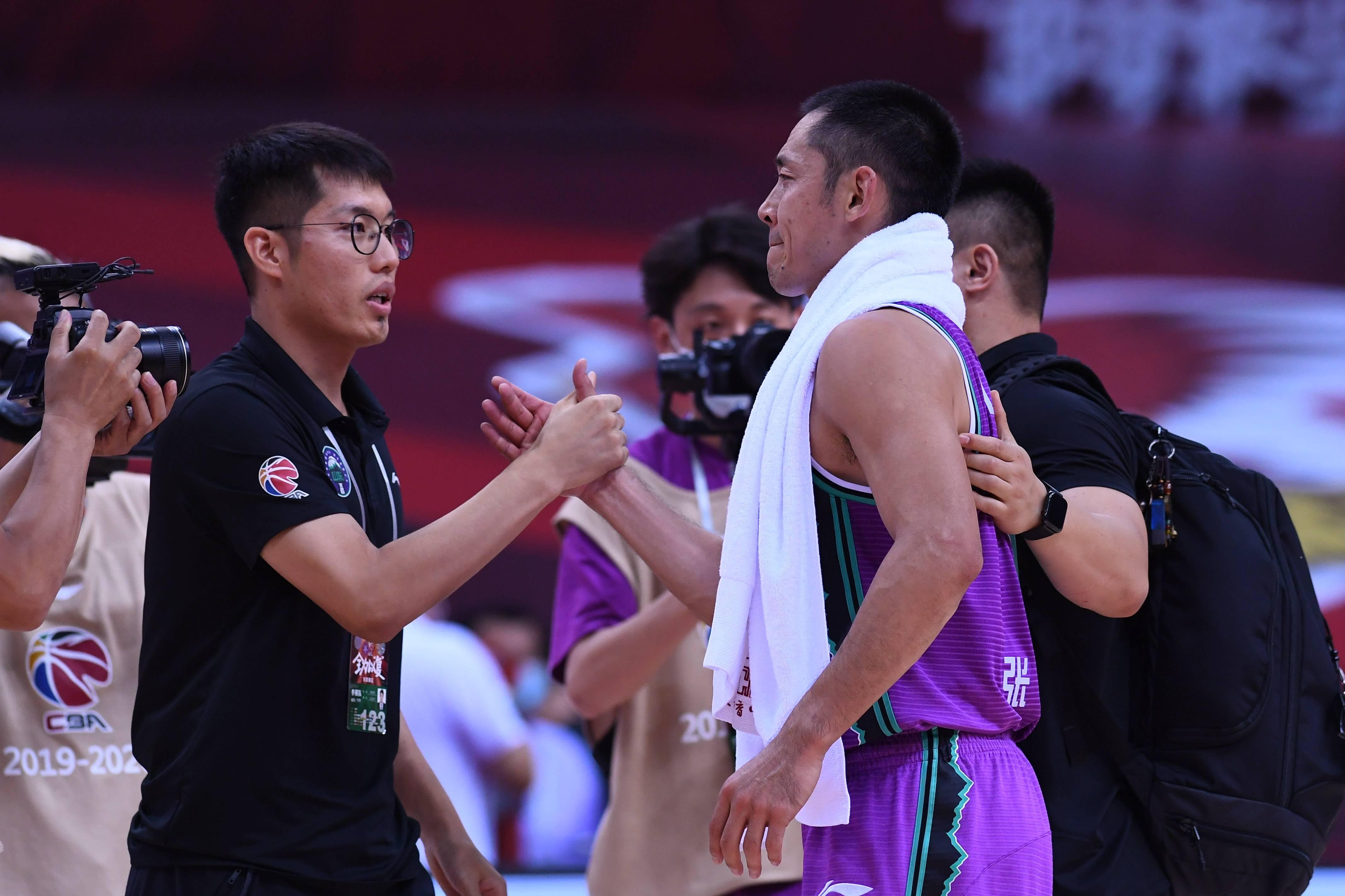 篮球——CBA联赛季后赛:山东西王无缘八强