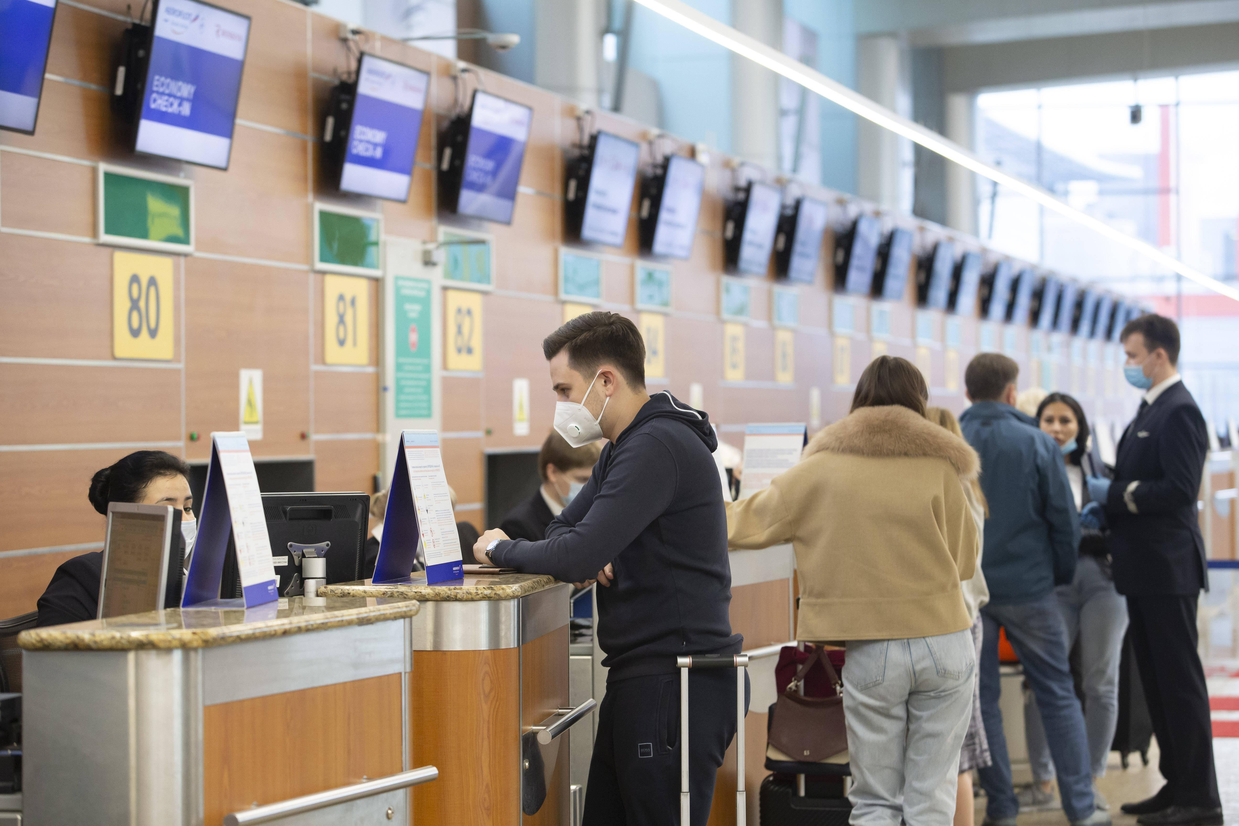 俄罗斯恢复部分国际航班