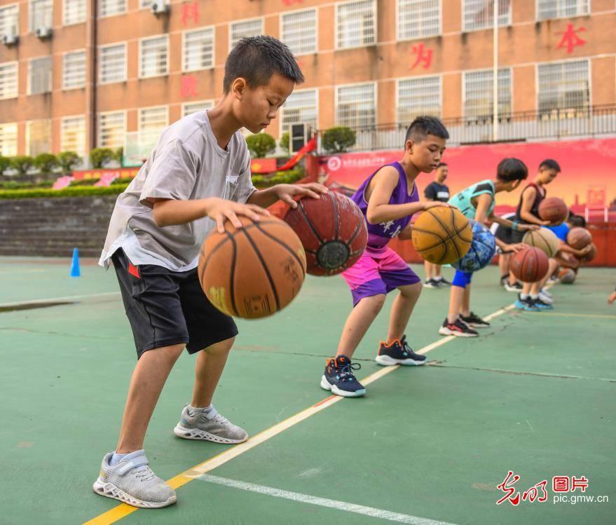 湖南道县:快乐运动多彩暑假