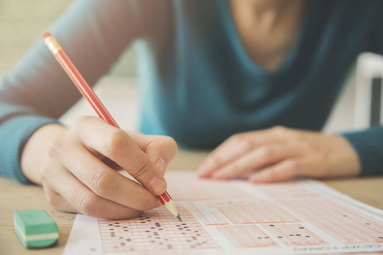 高考满分作文争议背后是对高考作文的误读