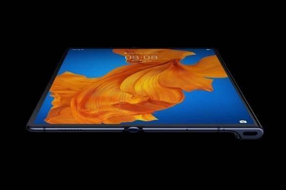 华为Mate X2折叠屏手机曝光:内折叠式!塑料质地