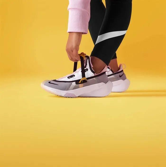 勒布朗送少年「特殊球鞋」,设计师道出真相,让人超感动!插图(22)