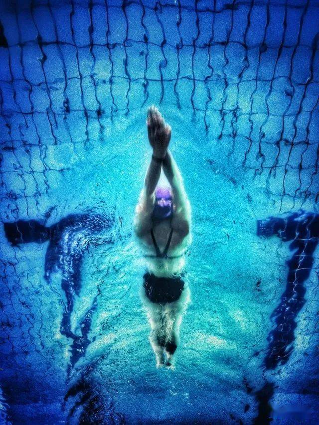 游个泳却意外怀孕,这事的几率有多大?