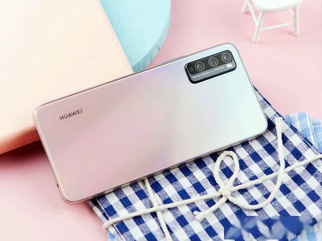 全能5G手机爆款添浪漫色 华为畅享20 Pro樱雪晴空精彩图赏