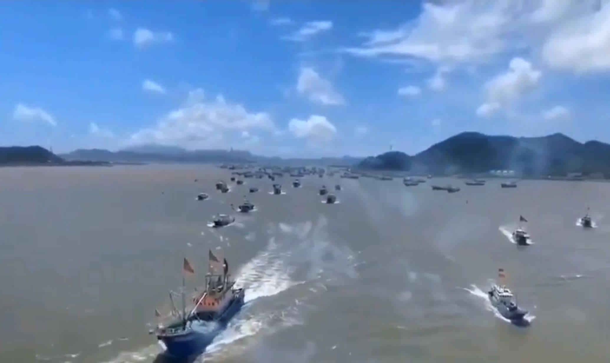 黄渤海海域的休渔期结束,下个月将迎来海鲜丰产季节。 黄渤海海域经纬度