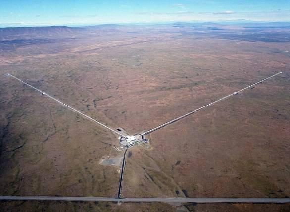 """引力波测到两个黑洞合成最大""""怪兽黑洞"""