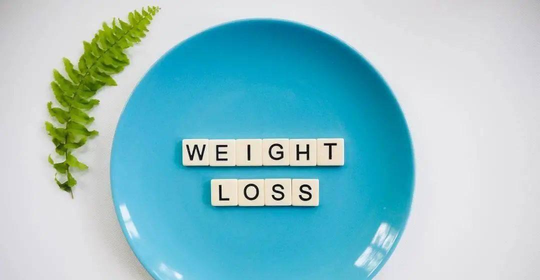 放开吃喝又简单易行的断食减肥法,怎么用才无害健康?