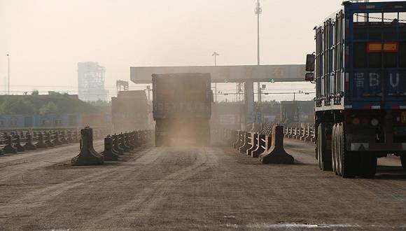 环渤海5大港口扬尘污染现状:堆场多未开启抑尘装置