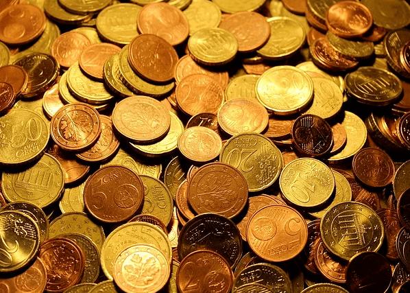 """[西方国家""""货币超发"""",滋生通胀和泡沫了吗?]"""