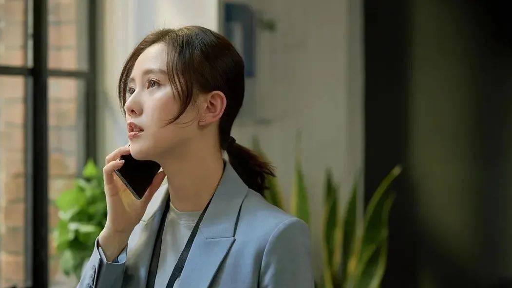"""刘诗诗复出第一部剧,火的却是她""""男友""""朱一龙_郭晓婷"""