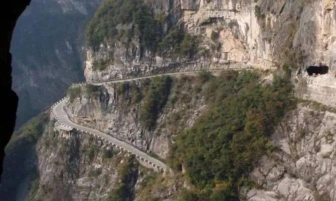 此生必骑一次,中国6大最美公路