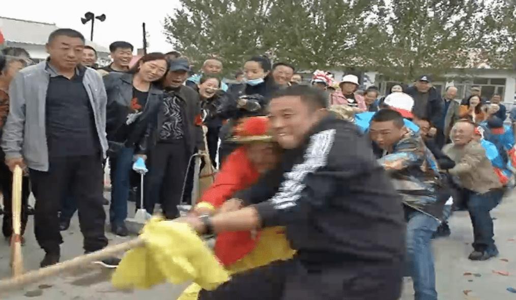 热闹起来!四方台区太保镇举办第三届农民丰收节。