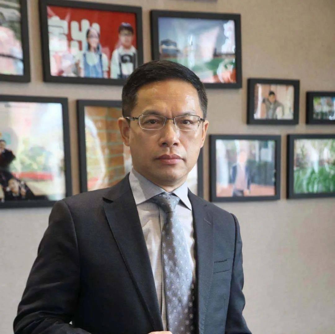 上海新纪元双语学校校长李海林:学校是孩子的乐园,不要搞成流水线