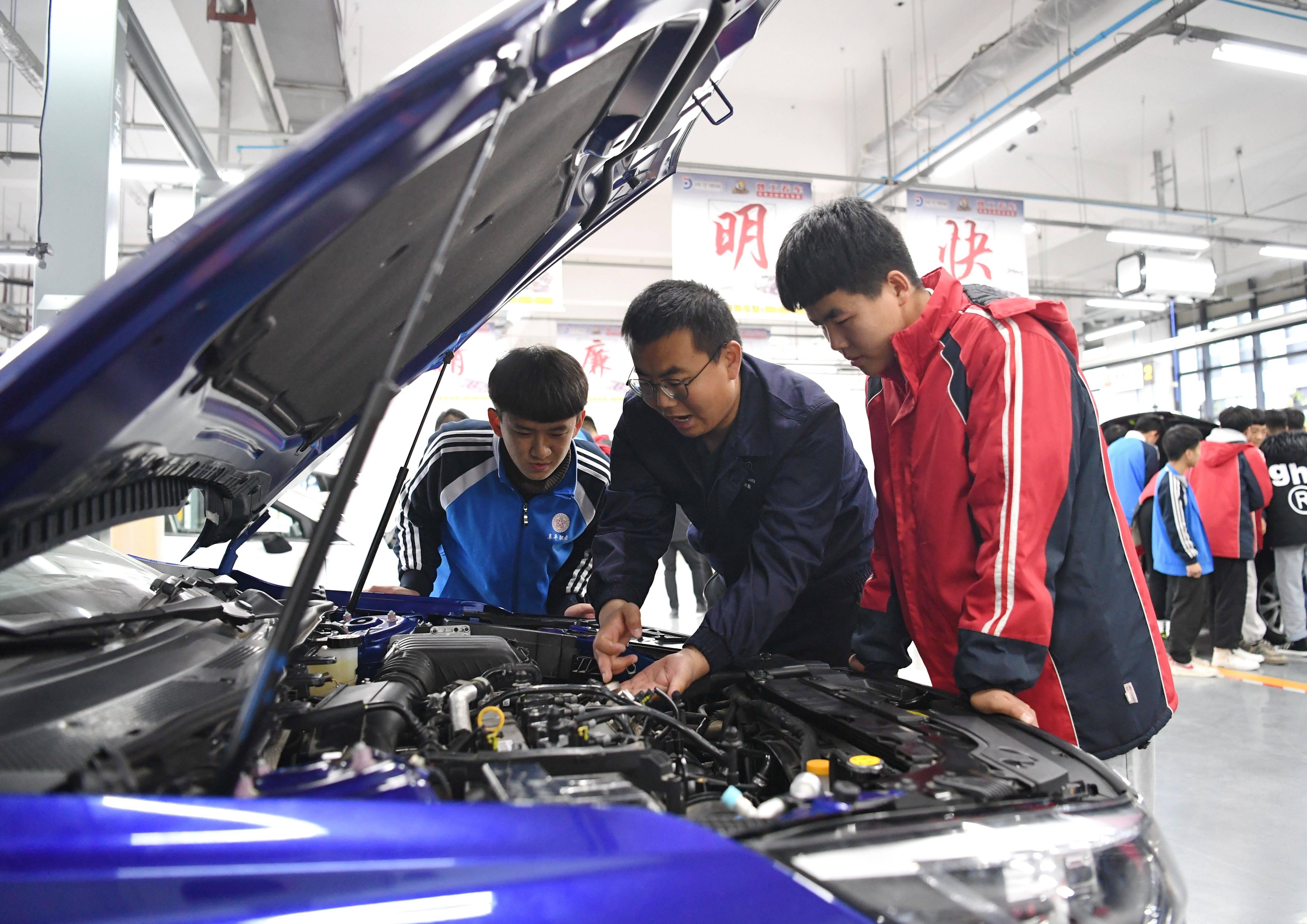 河北阜平:订单式职业教育助学子就业
