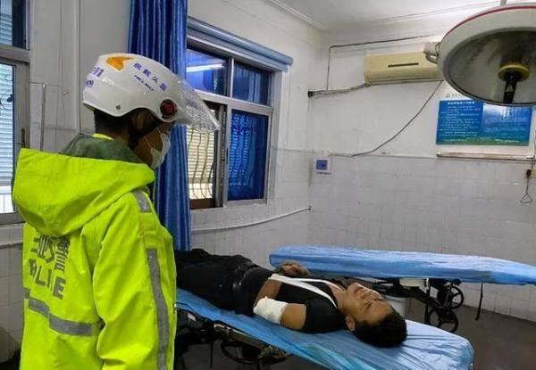 一男子手臂血流不止,陷入昏迷...三亚交警300秒内与死神赛跑