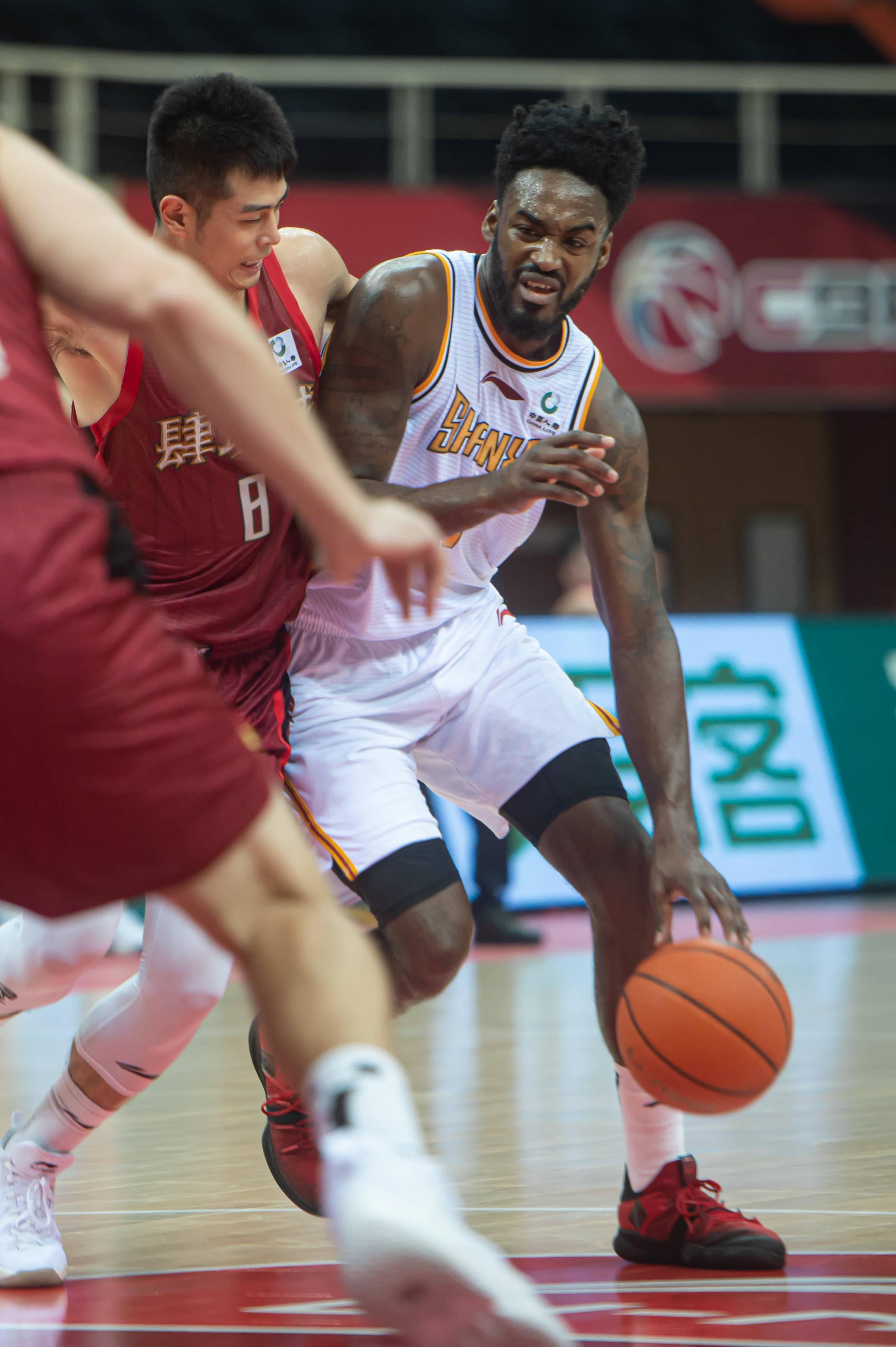 篮球——CBA第一阶段:山西汾酒股份胜北京首钢