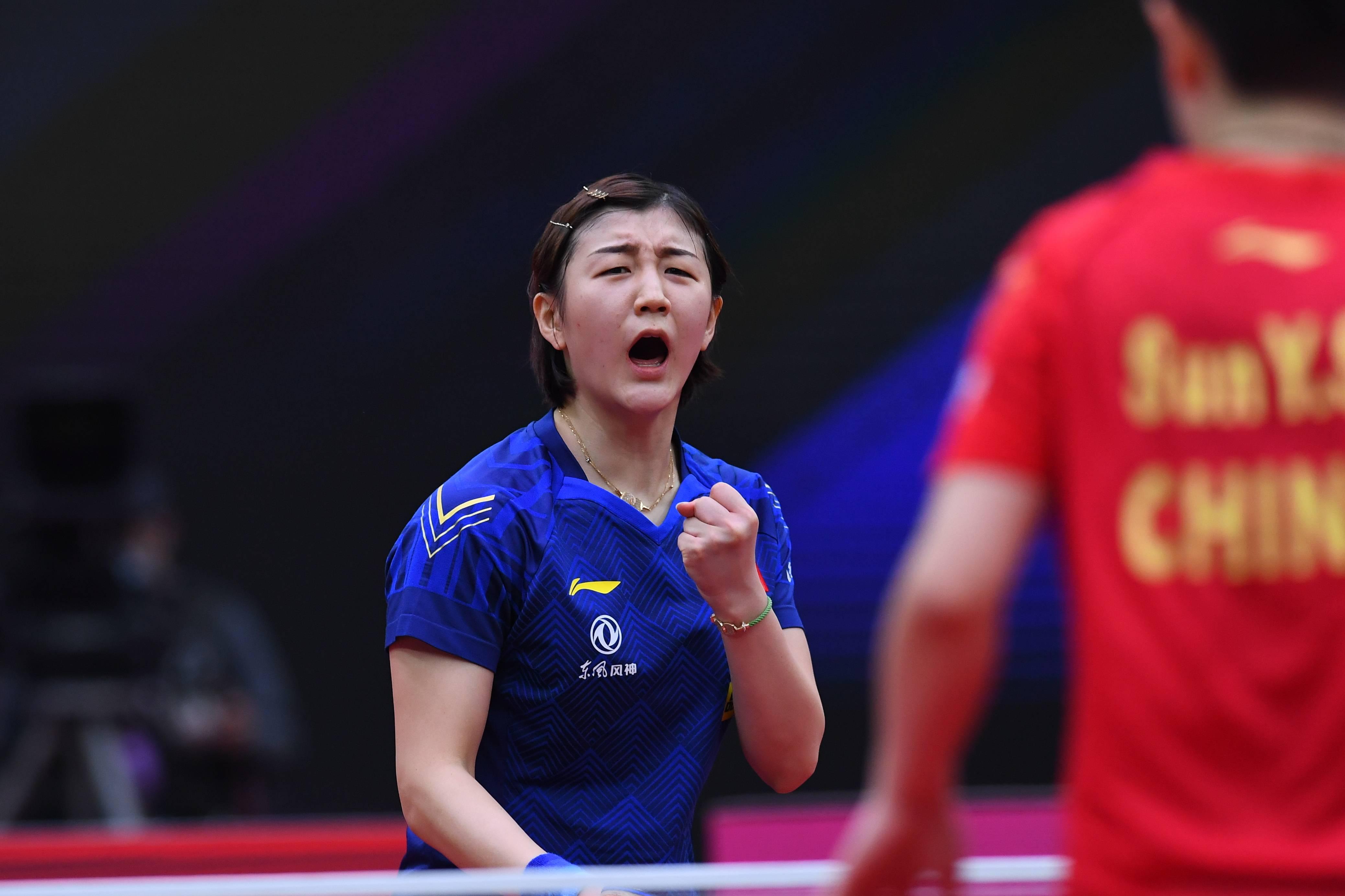 乒乓球——女子世界杯:陈梦夺得冠军