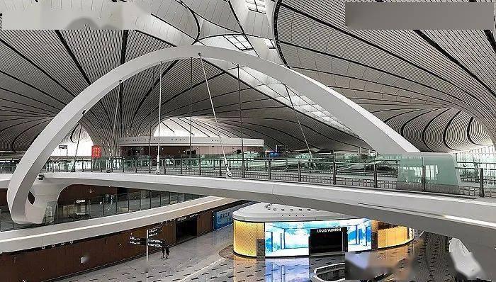 路易威登在上海虹桥机场悄悄开了家新店