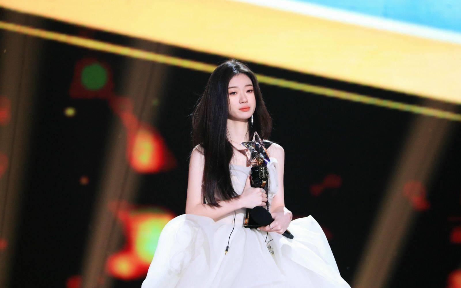 《2020中国好声音》落幕,李健战队单依纯夺冠