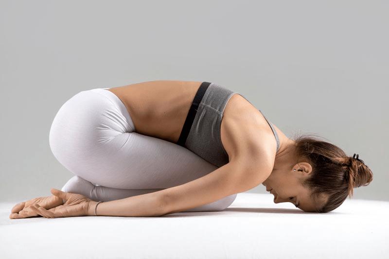 女性出现这3个现象说明身体在变老,10个瑜伽体式让你焕发青春!_核心