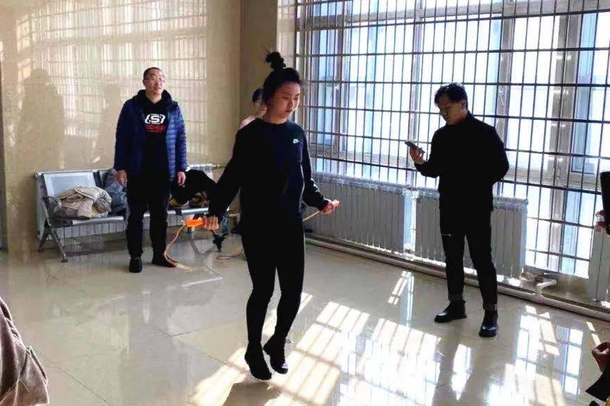 市直机关工会开展江南办公区职工小型体育比赛活动