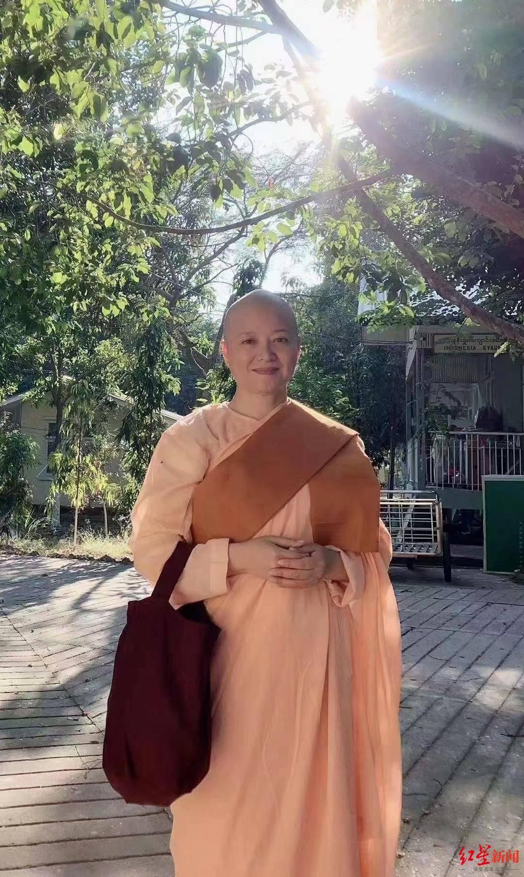 女诗人爱斐儿在缅甸出家:人到中年,想静一静了