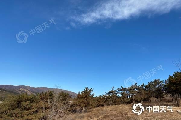 冰冻模式!内蒙古天气晴冷 锡林浩特等地气温低至-20℃以下
