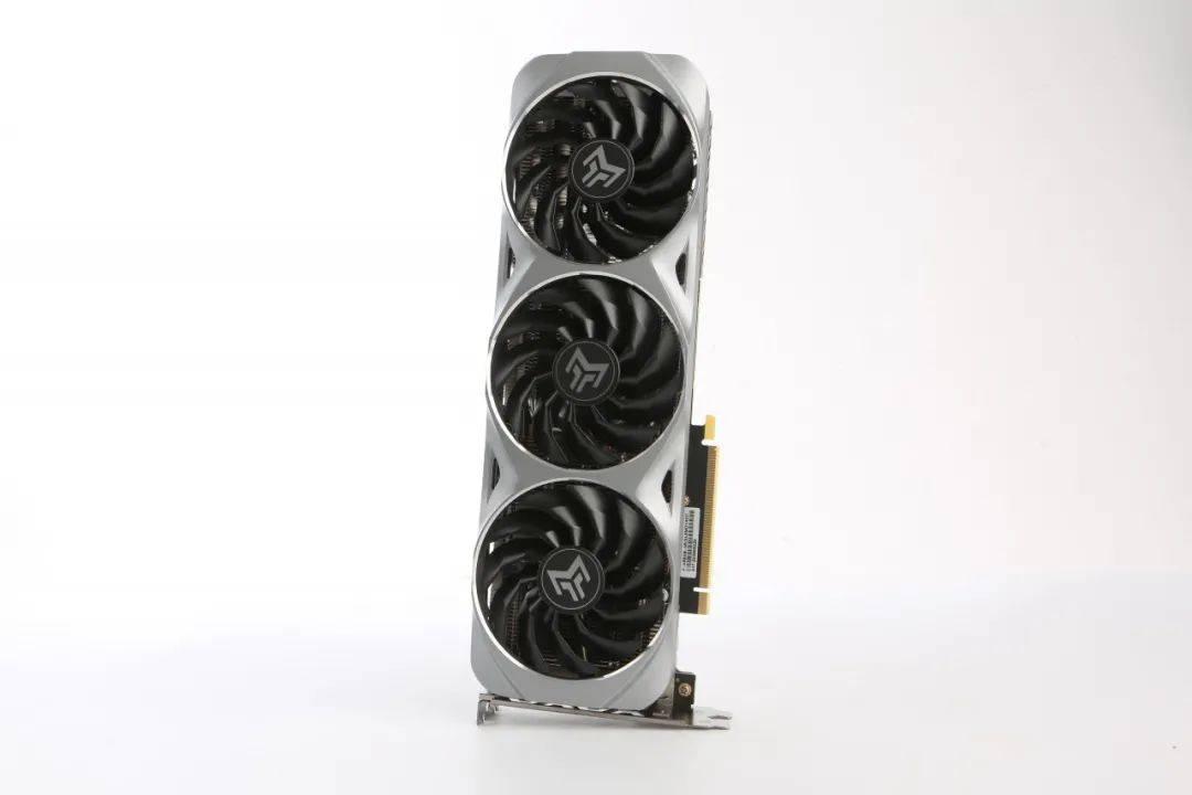 """银装坚甲,""""勇者""""之心 影驰GeForce RTX 3060 Ti金属"""