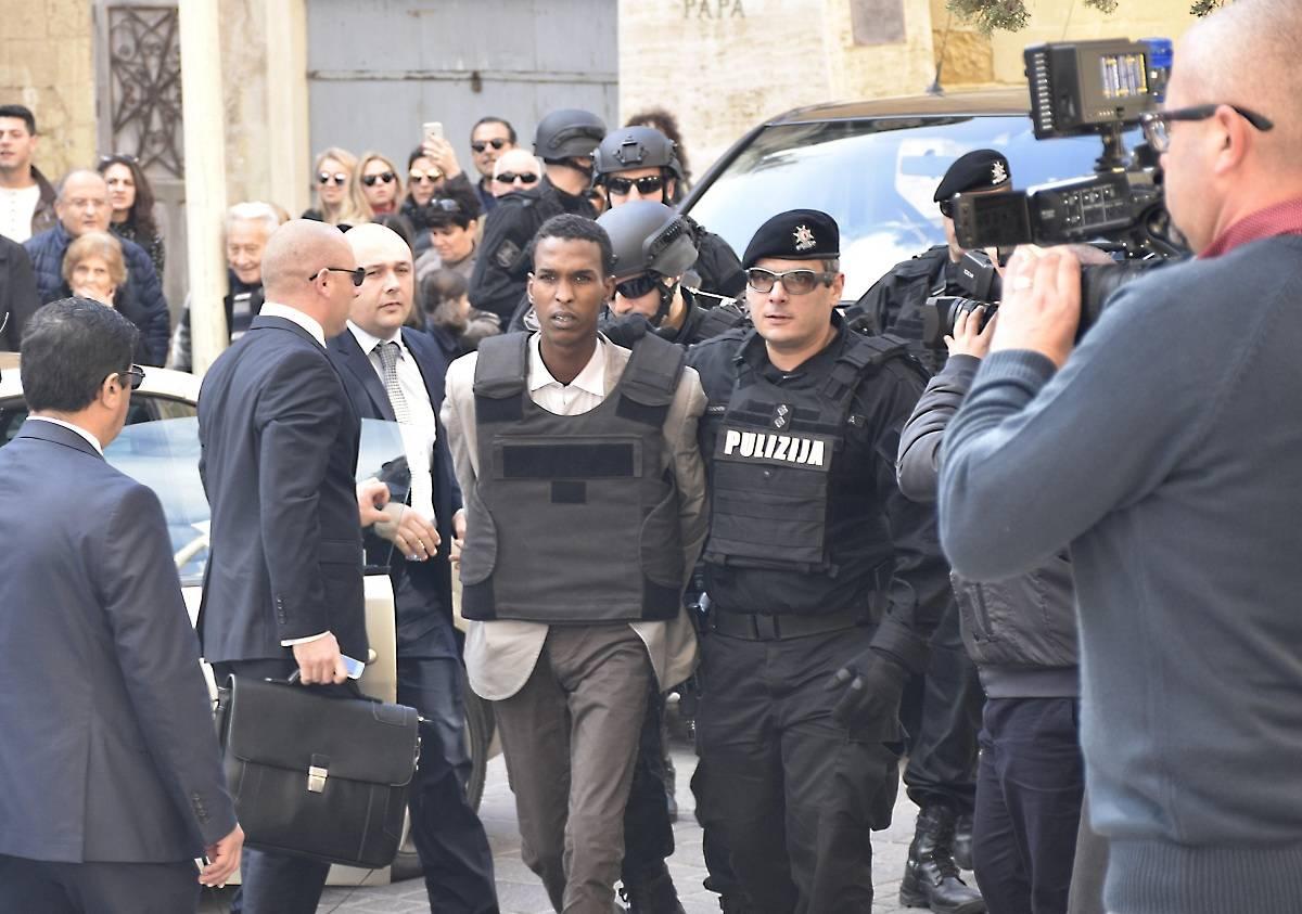 卡扎菲支持者劫机四年后获刑25年