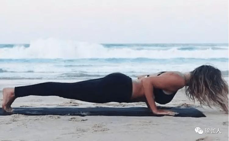 练瑜伽手腕受伤休息自己能好吗
