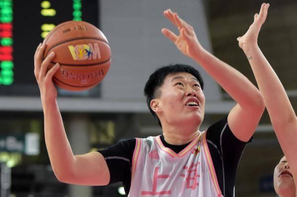 篮球丨WCBA:上海宝山大华胜大庆农商银行