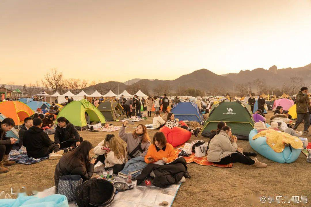 今夜,与楠溪江迷笛x东海跨年音乐节说再见!让我们回顾那些激动人心的瞬间