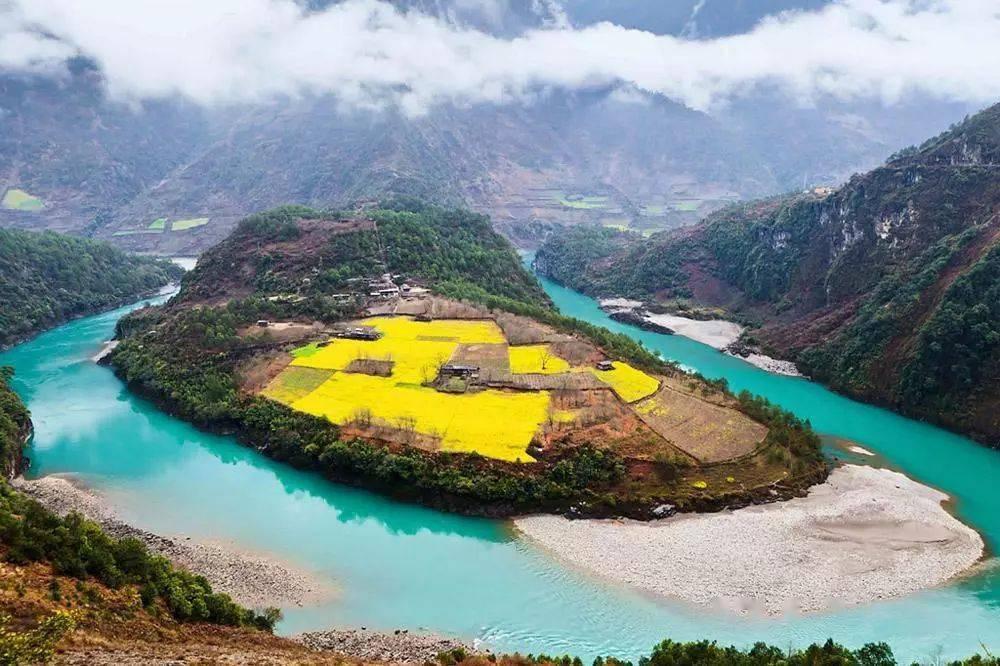 """""""最美公路""""开通,怒江大峡谷300公里绝色风景终于不再遥远"""