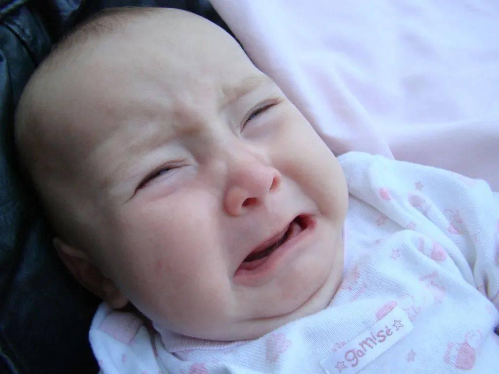 奶量减少对宝宝睡眠的影响,真的很大