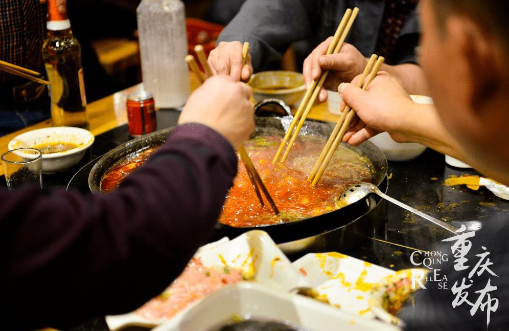 山与城丨腊肉、卤鹅、麻辣鸡块、板鸭……重庆人必备年货(一)