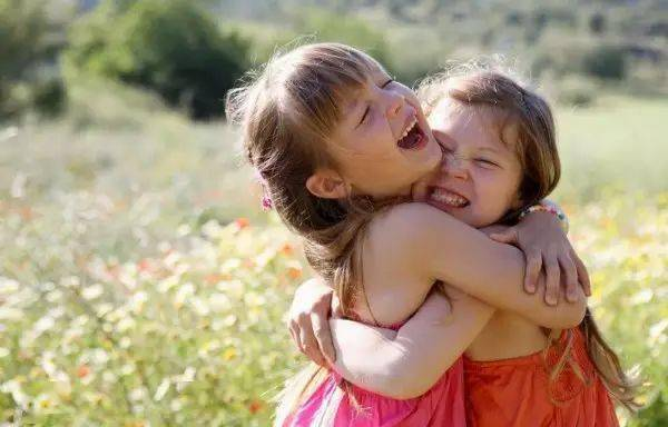 培养一个阳光快乐的孩子,比什么都重要!