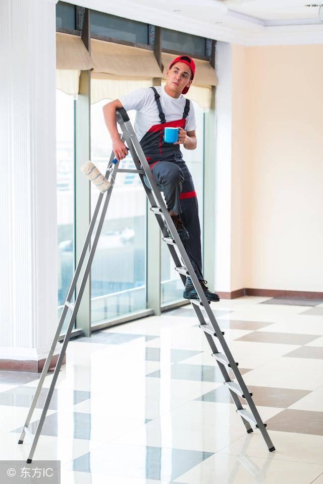 梯子不用横着放,为什么梯子不用的时候要横着放插图