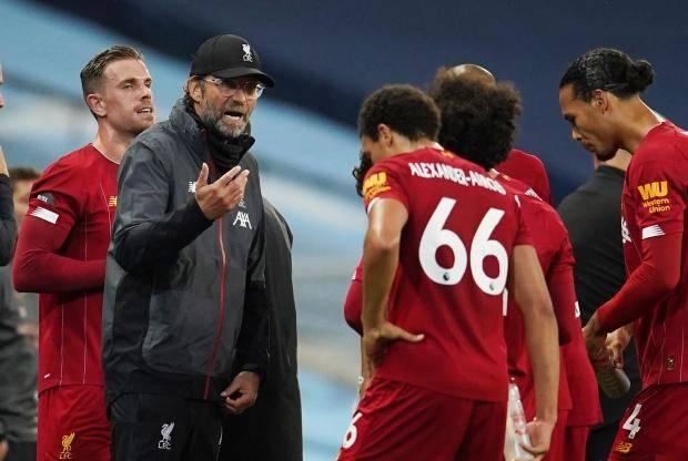 挂不住!利物浦刚刚夺冠就0-4惨败曼城,克洛普恼火红军懈怠