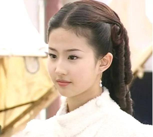 刘亦菲《花木兰》电影放弃在北美院线上映 原来原因是这样
