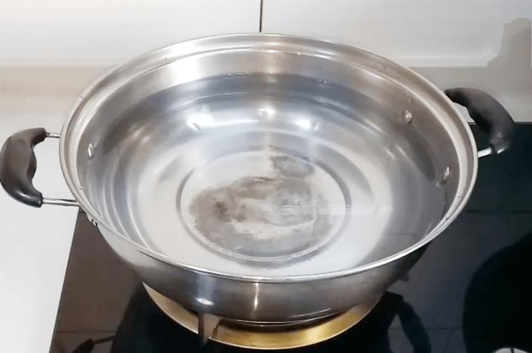 腌制咸鸡蛋的最佳方法(7天快速腌制咸鸡蛋方法)